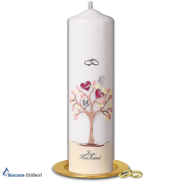Abbildung einer Hochzeitskerze, Traukerze, Brautkerze mit Herzen, Baum und Turteltauben. Die Hochzeitskerze ist in Pastell-Farben verziert